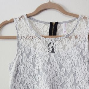 Lace Top Sleeveless